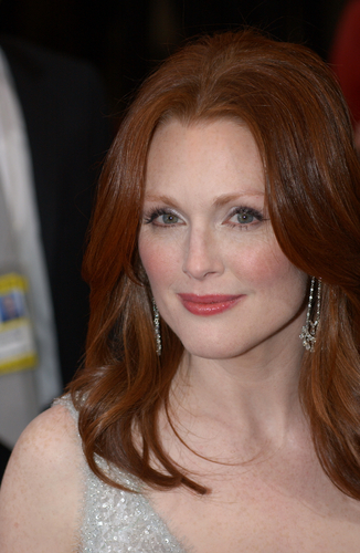 Julianne Moore Plays Lead Role in Critically Acclaimed Alzheimer's Drama