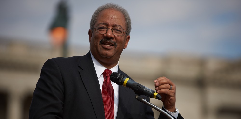 Congressman Chaka Fattah Meets with Amarantus to Discuss Brain Research