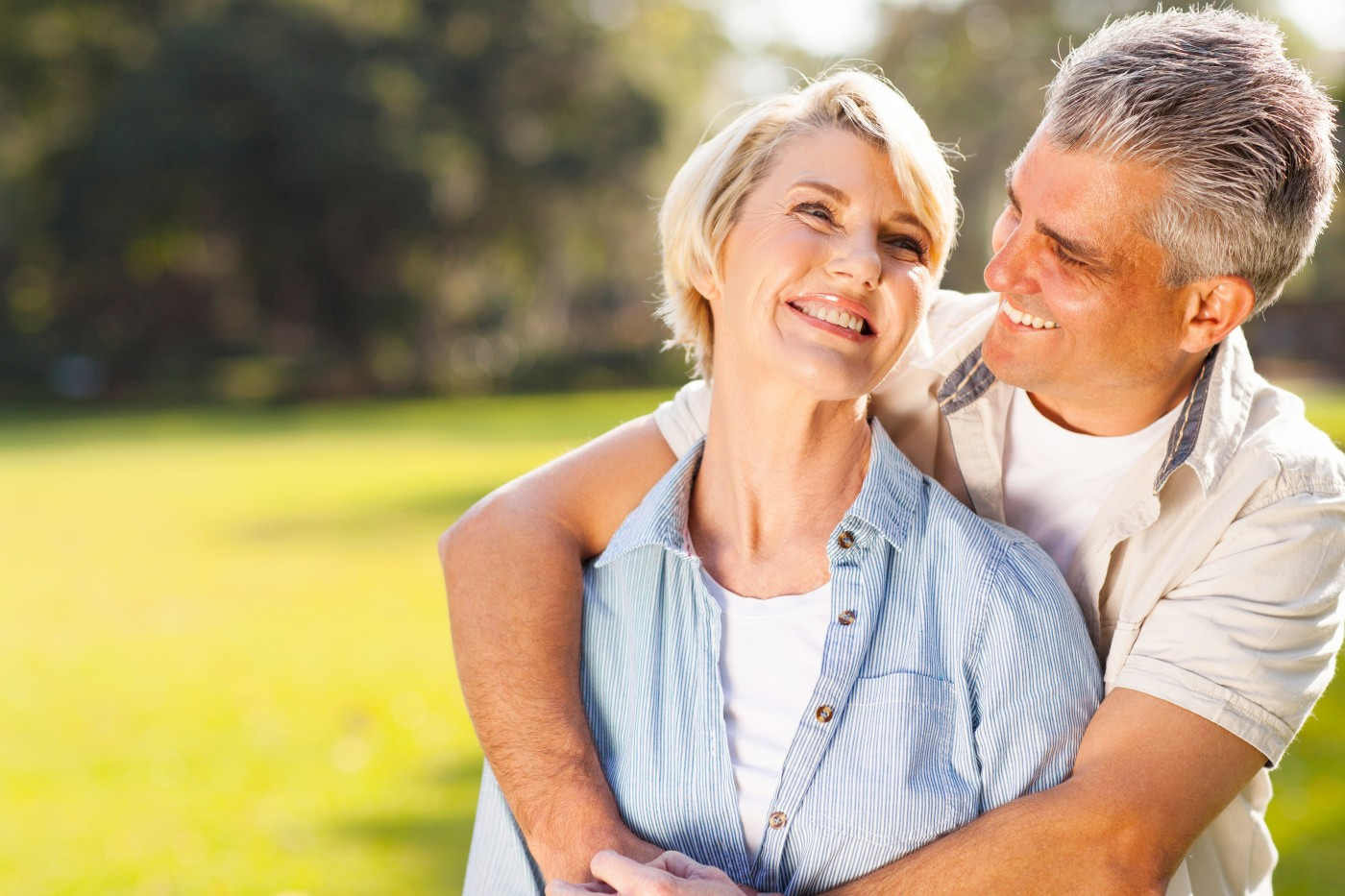 Men Exhibit Worse Memory Performance than Women During the Aging Process