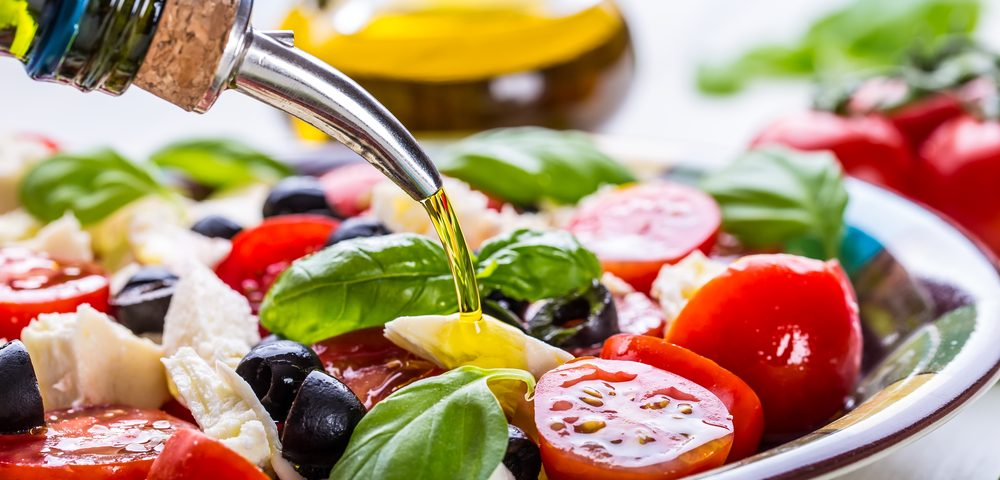Mediterranean Diet Seen to Protect Aging Brains, But for Reasons That Baffle