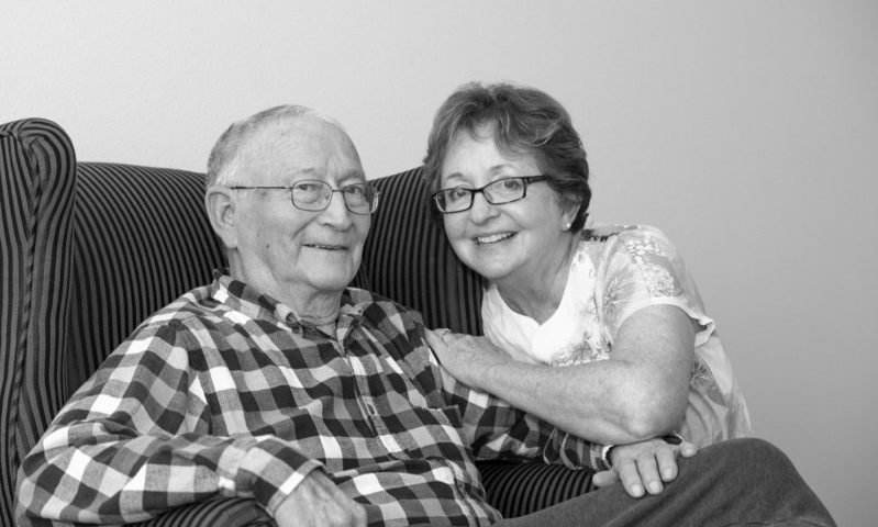 Texas Photographer Specializes in Alzheimer's, Capturing Treasured Moments for Families