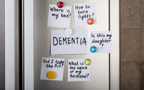 Lack of Awareness of Memory Problems Seen as Sign of Alzheimer's Risk in Study